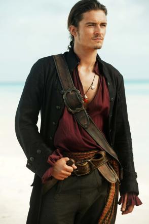 """Orlando Bloom torna tra i """"Pirati dei Caraibi"""": sarà nel quinto film"""