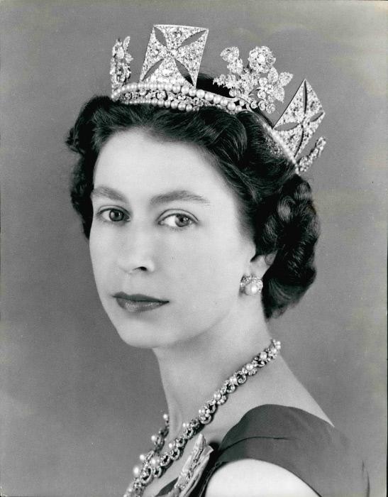 Una vita da sovrana la regina elisabetta compie 90 anni for La regina elisabetta 2