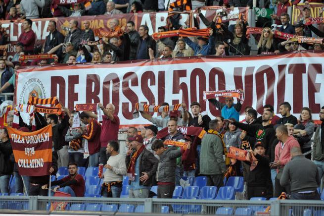 Roma, sogno De Rossi: 500 presenze festeggiate col gol