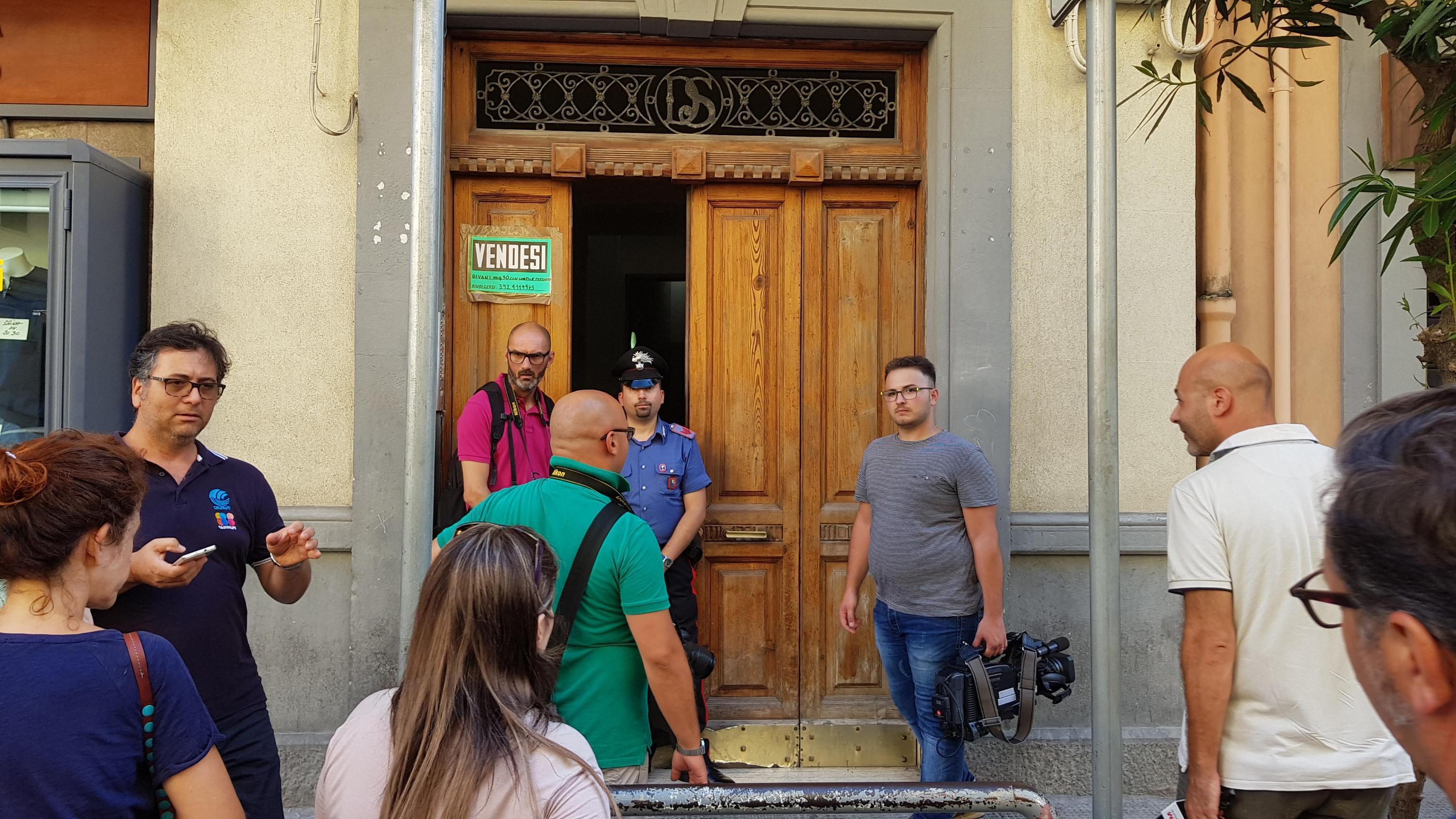 Femminicidio a Bari, 48enne uccisa in casa