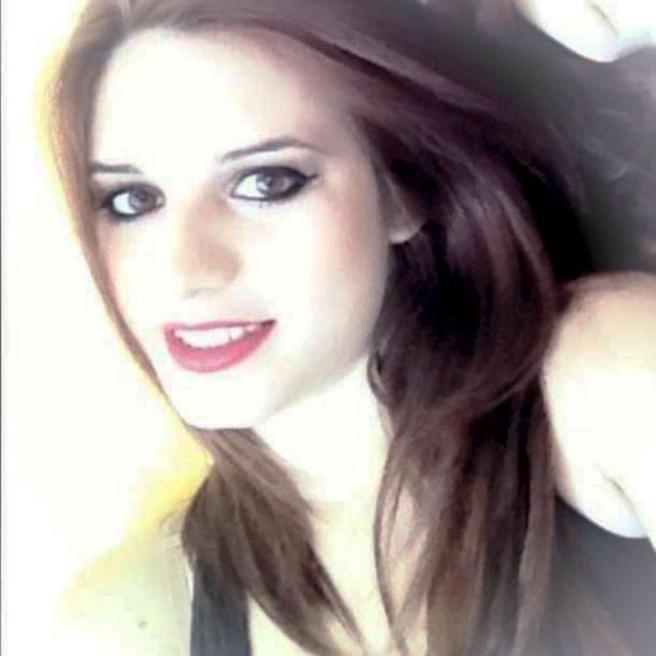 Catania, mamma 20enne uccisa a coltellate in auto: confessa l'ex convivente