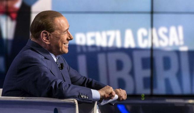 """Silvio Berlusconi annuncia: """"Torno in campo. Oggi il centrodestra è unito"""""""