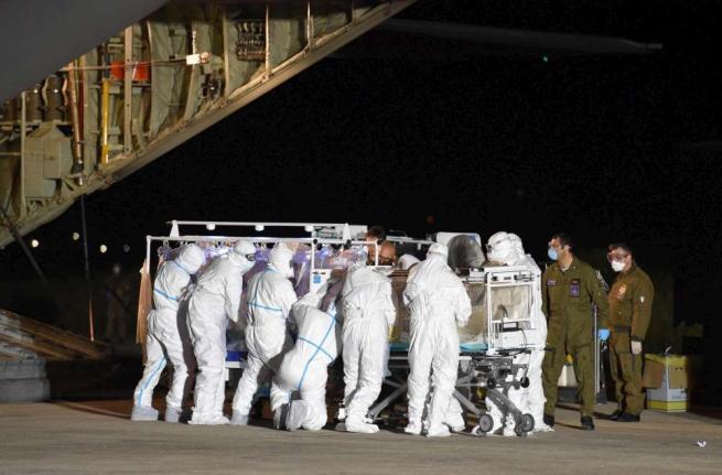 Ebola,medici:infermiere contagiato è lucido Altre tre persone in quarantena a Sassari
