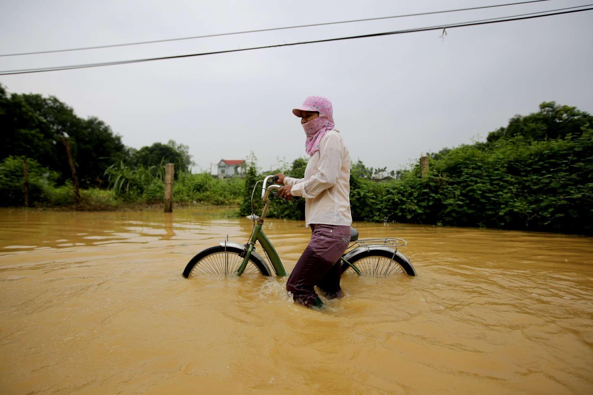 Piogge torrenziali devastano il Vietnam