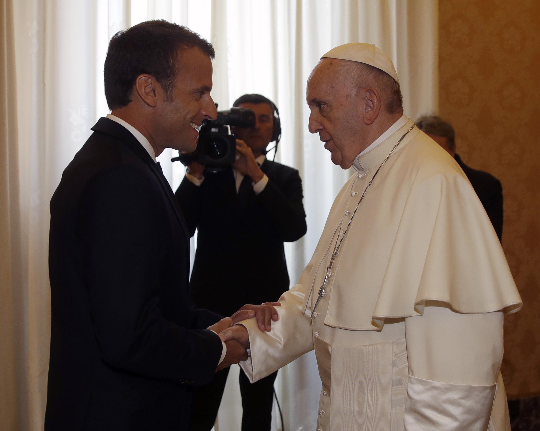 Alta sintonia fra il Papa e il Presidente francese Macron