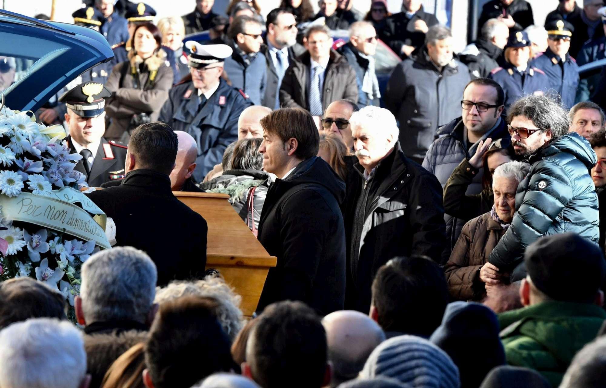 Strage di Berlino, celebrati a Sulmona i funerali di Fabrizia Di Lorenzo
