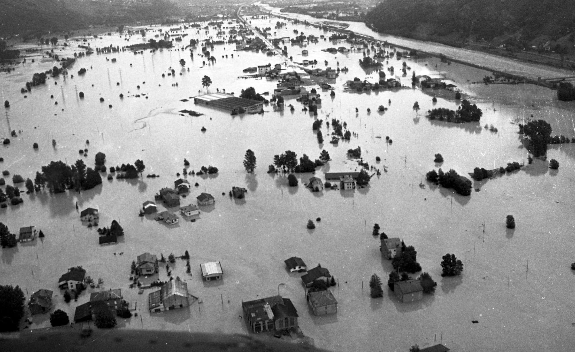 Valtellina, trent anni fa l alluvione che uccise 53 persone