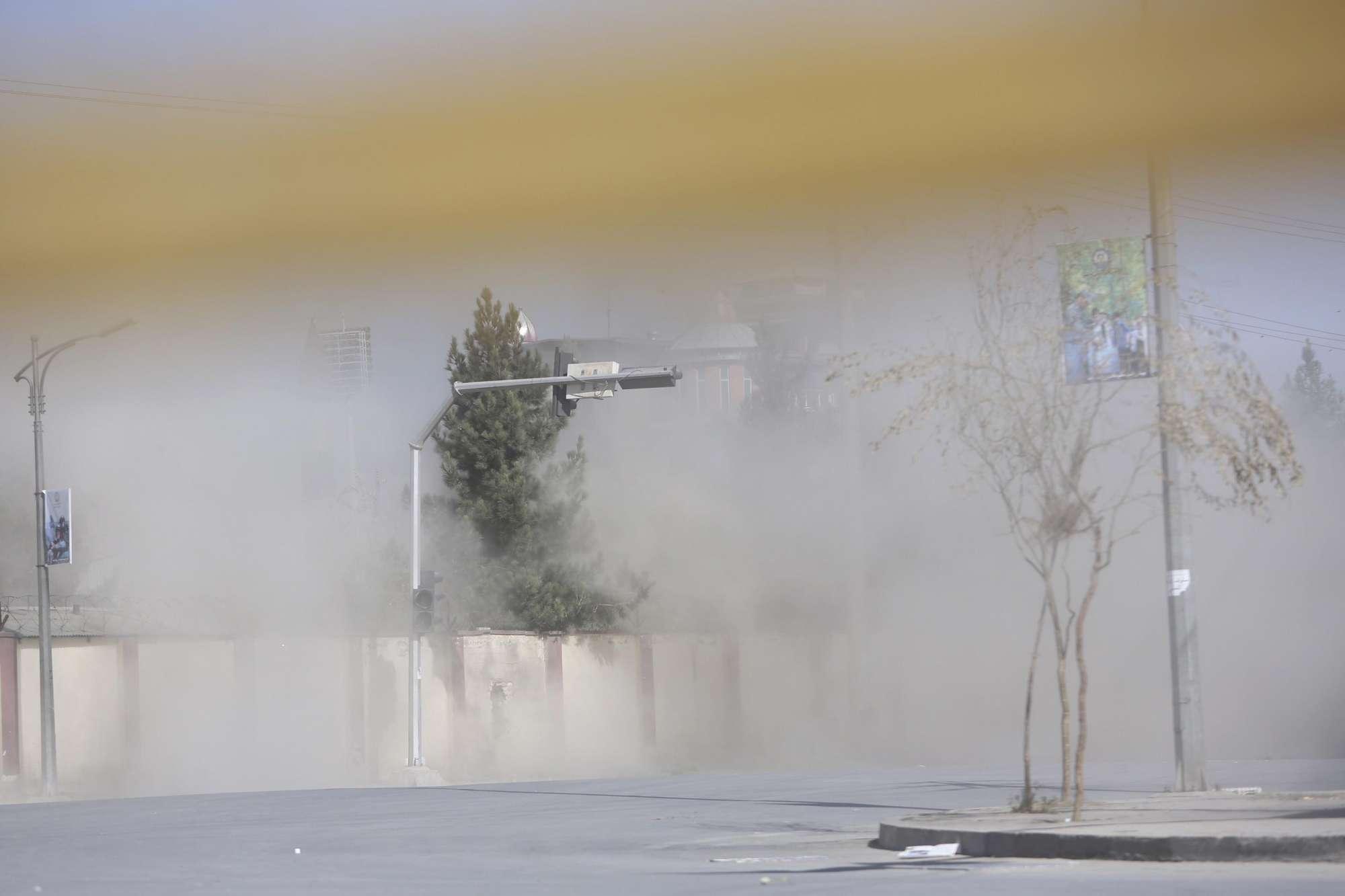 Attacco a studi tv Kabul, morti
