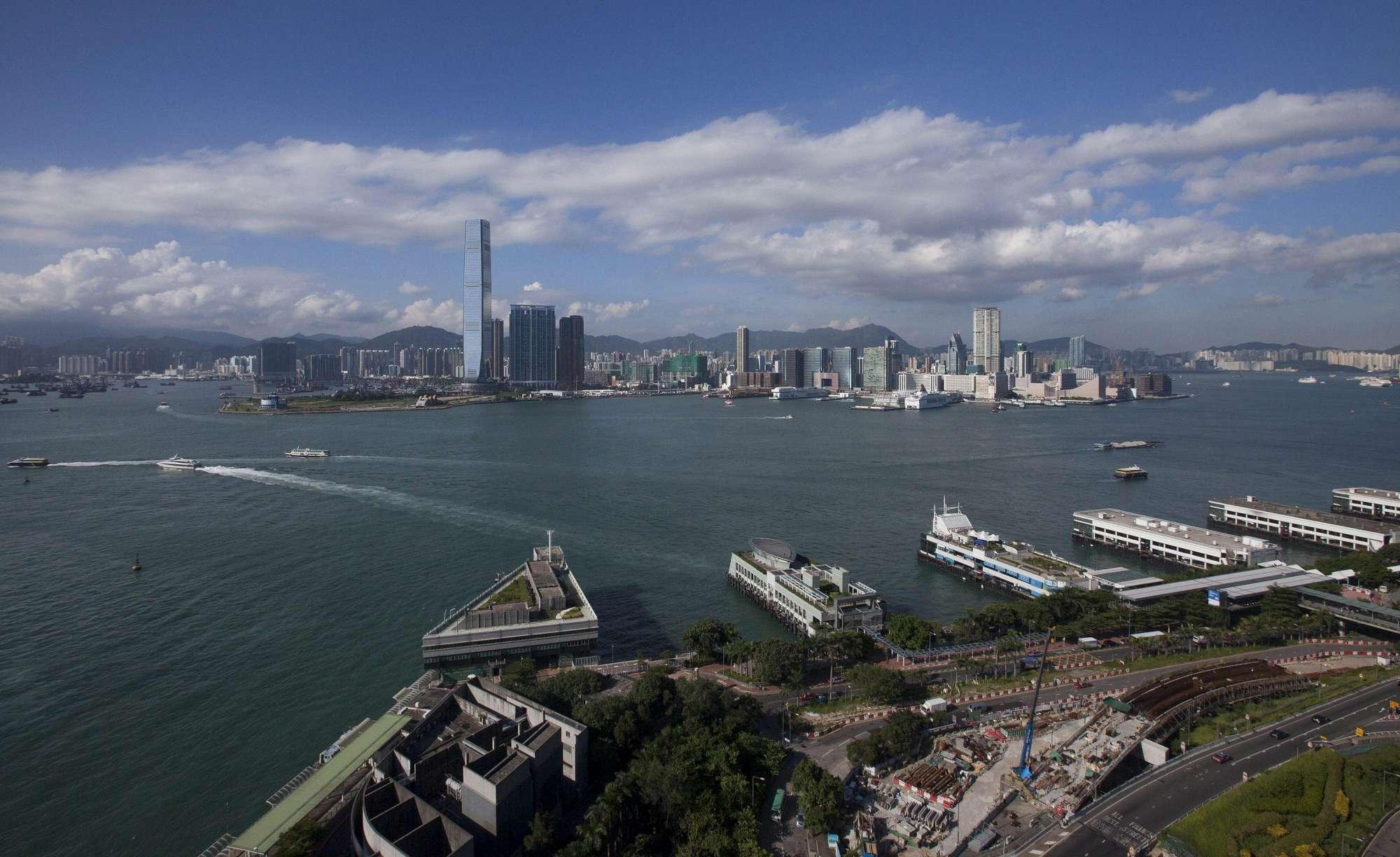 Turismo, la top 10 delle città più visitate al mondo: domina Hong Kong
