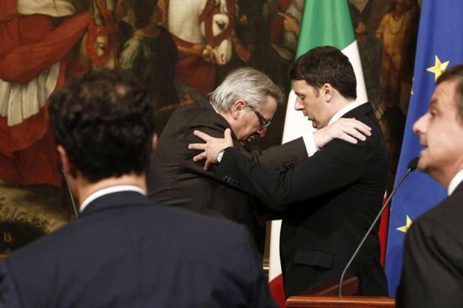 """Tra Juncker e Renzi """"identità di vedute"""" """"Stop all'austerity e sì alla flessiblità"""""""
