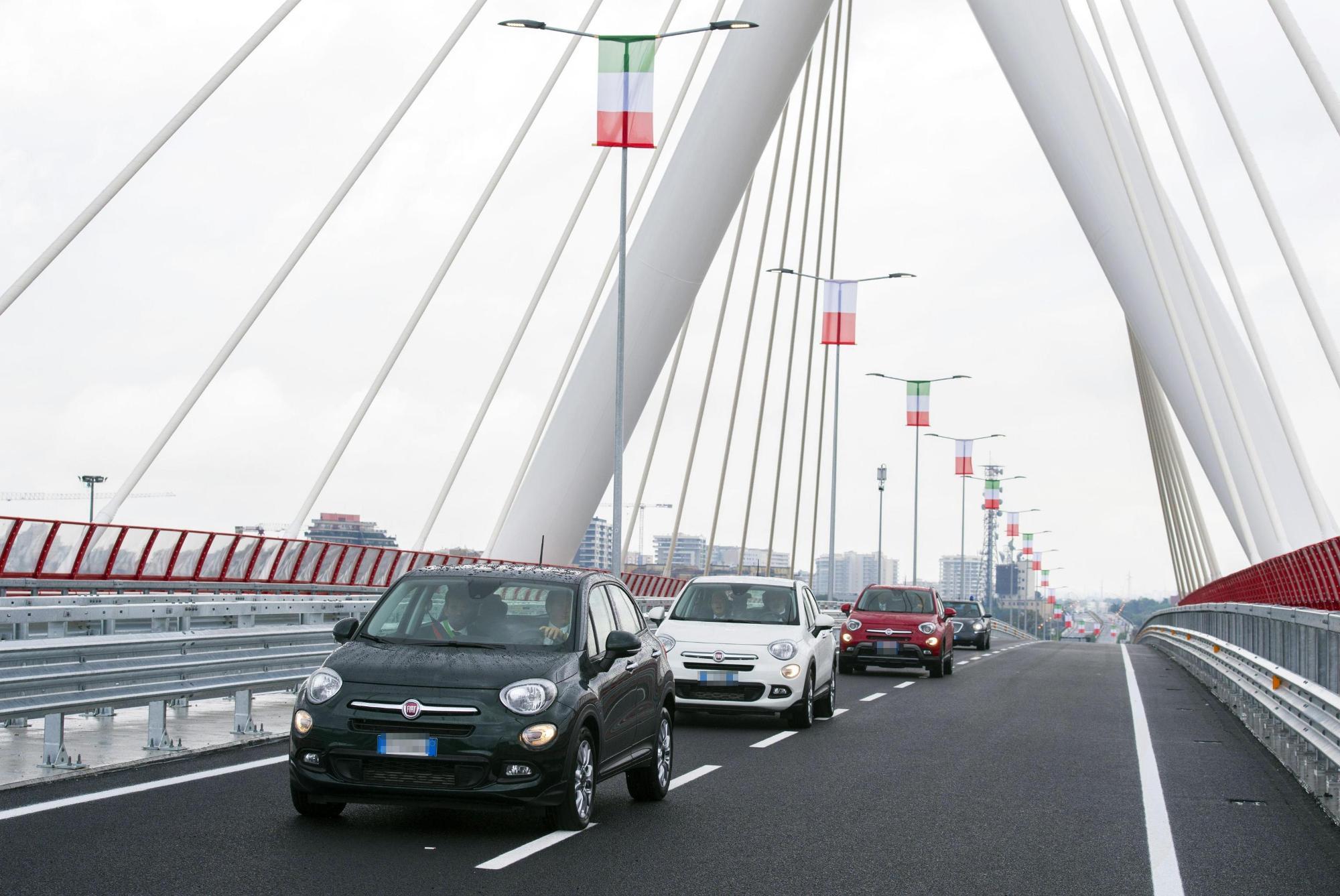 Renzi a Bari: inaugura un ponte e poi va alla Fiera del Levante