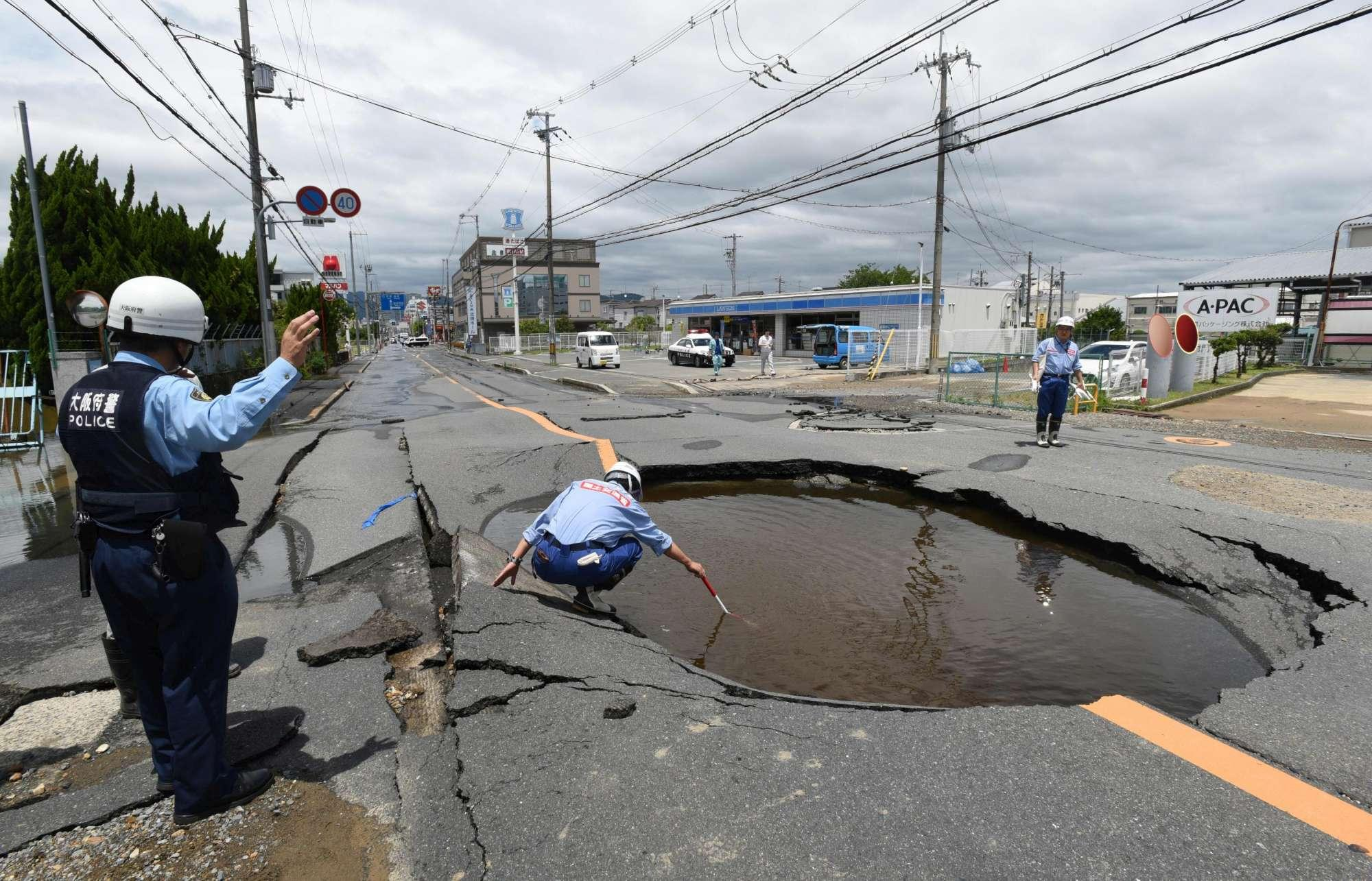 Giappone, terremoto fortissimo a Osaka
