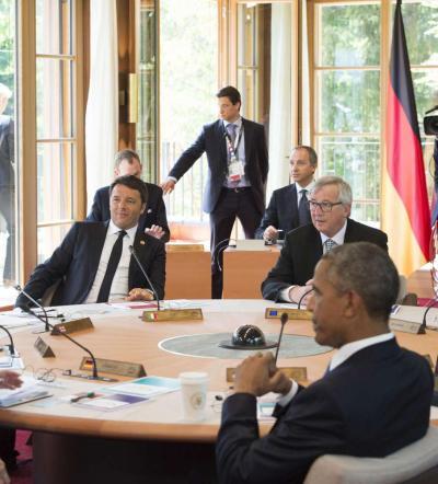 """Al G7 si parla di crescita, Renzi: """"In linea con Obama: servono più investimenti"""""""