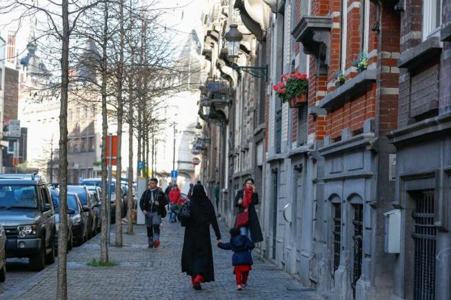 """Bruxelles, scoperto il covo di SalahProcura:""""Si teme attentato 15 gennaio"""""""