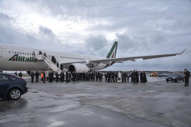Il Papa incontra a Cuba il patriarca di Mosca Kirill: storico faccia a faccia