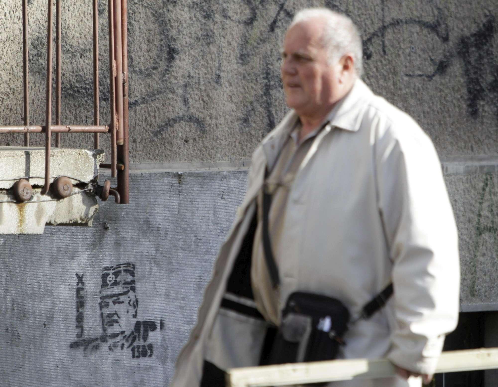 Mladic condannato all'ergastolo per i crimini commessi nella guerra di Bosnia