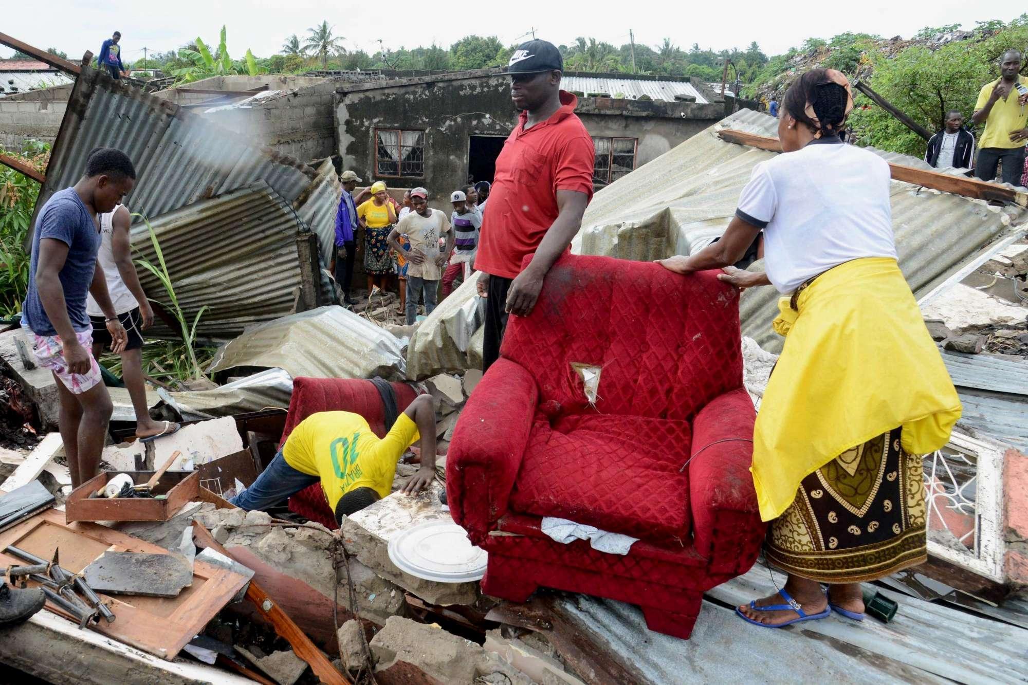 Mozambico:  montagna  di rifiuti travolge le case: vittime