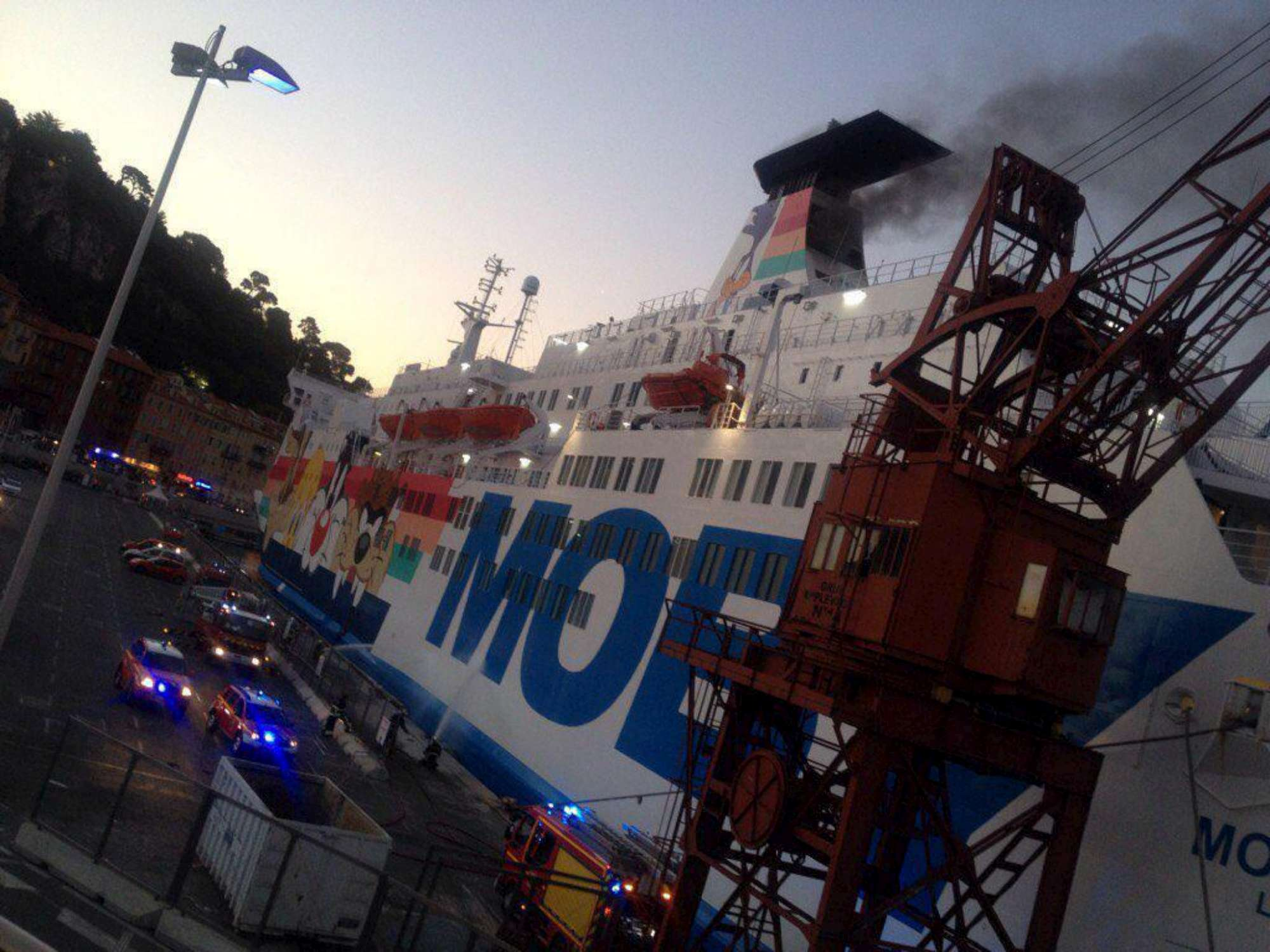 Nizza, incendio a bordo della Moby Lines