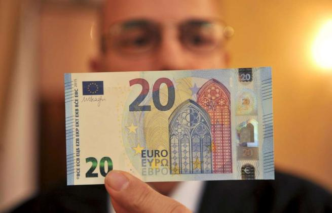 Bankitalia, presentati i nuovi 20 euro: impossibili (o quasi) da falsificare