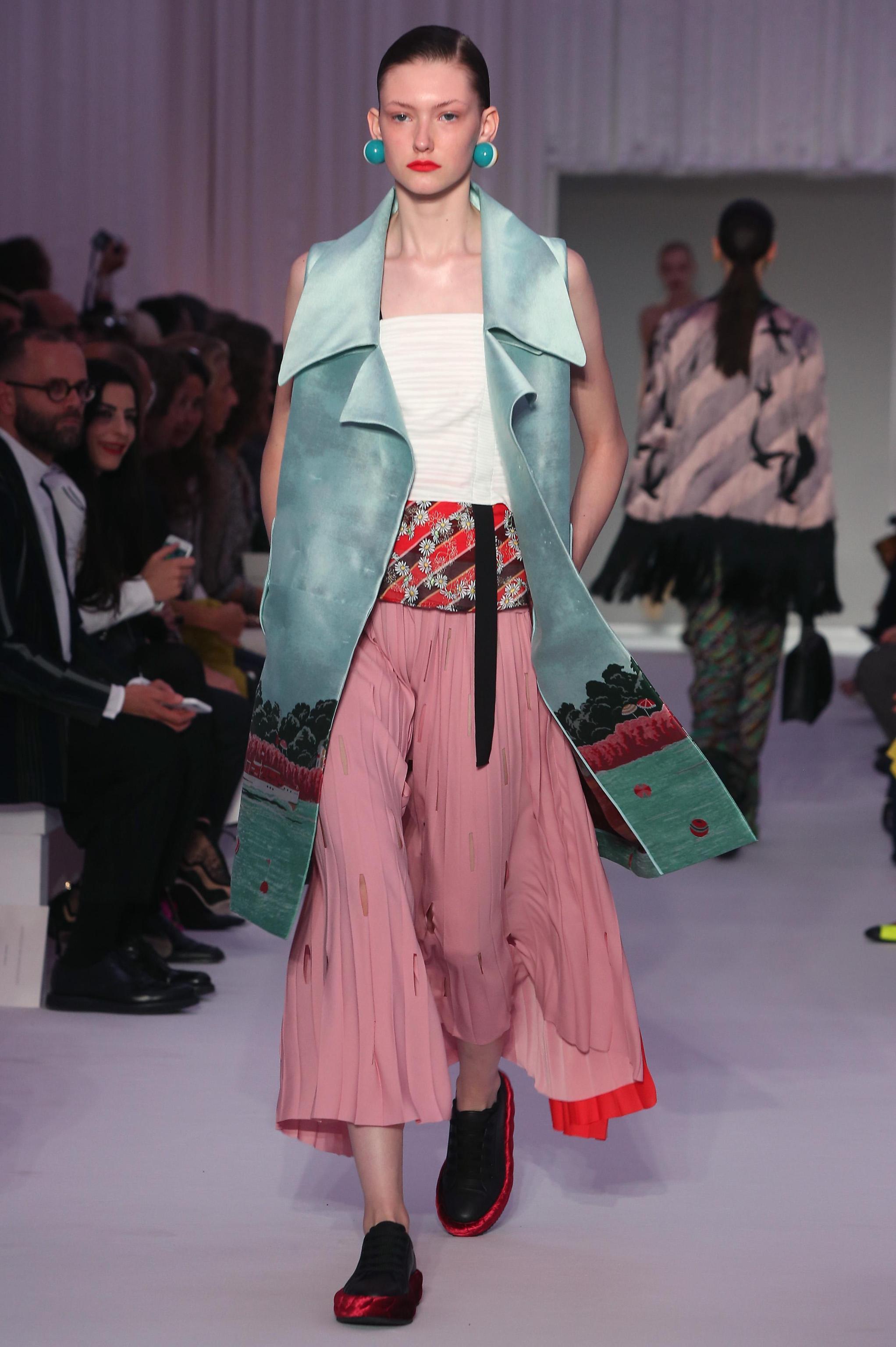 Primavera: il guardaroba si tinge di rosa