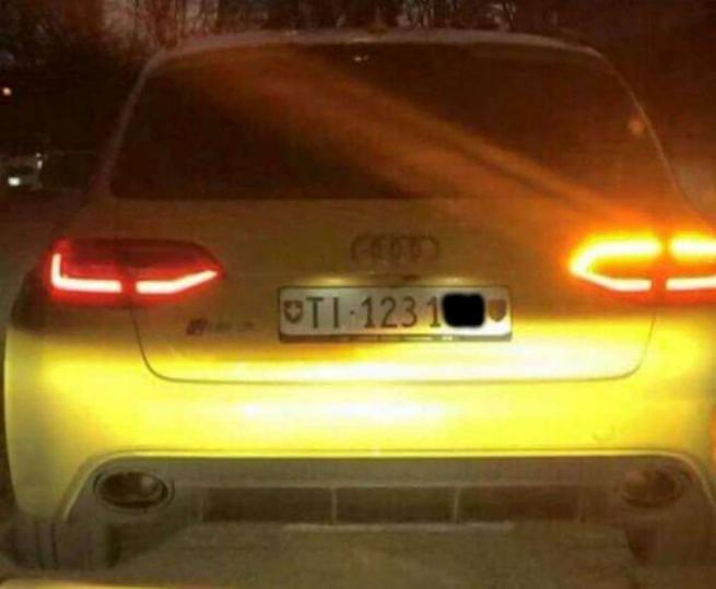 Nordest, caccia ai banditi dell'Audi gialla Contromano a 150 km/h: un morto