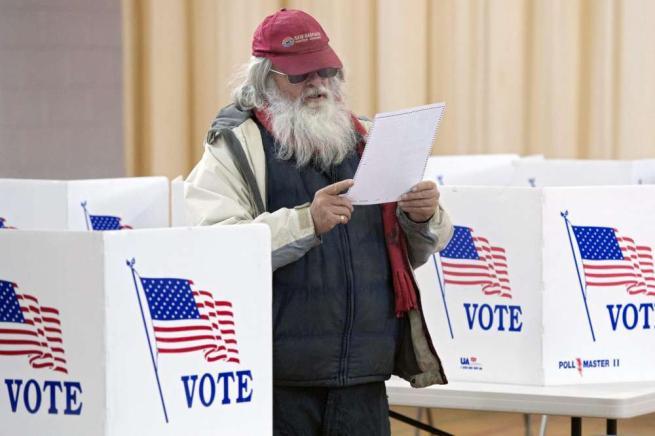 Primarie Usa in New Hampshire, Sanders e Trump in testa dopo i primi scrutini