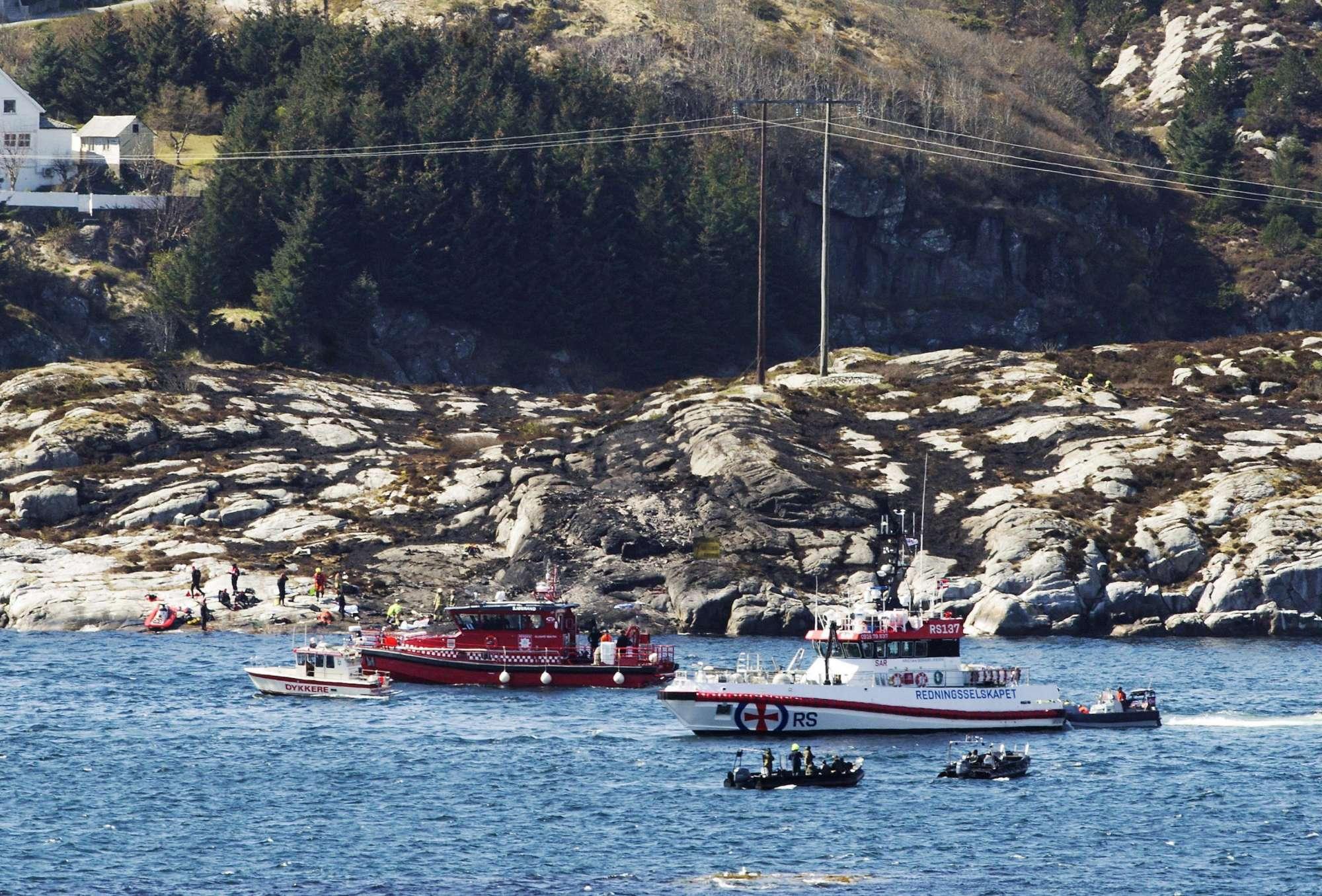 Un Elicottero : Norvegia precipita un elicottero con persone a bordo anche un