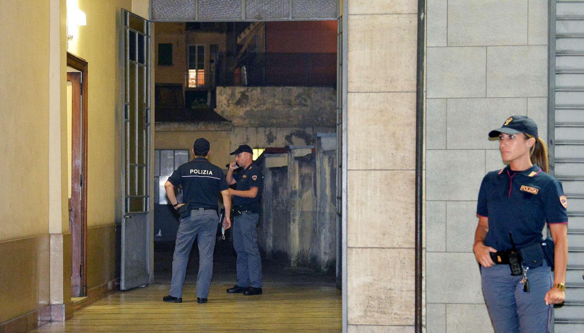 Omicidio-suicidio, coppia trovata morta in casa a Torino