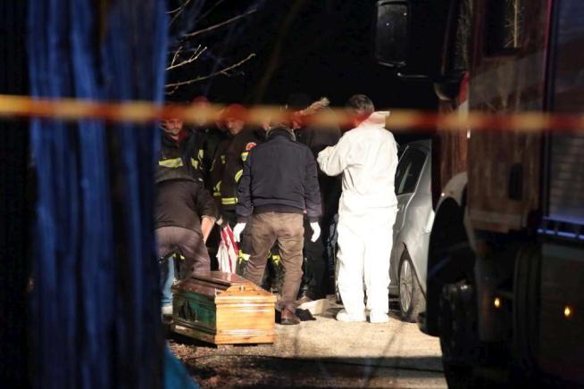 Duplice omicidio nel Napoletano: uccisi un 32enne e un 33enne