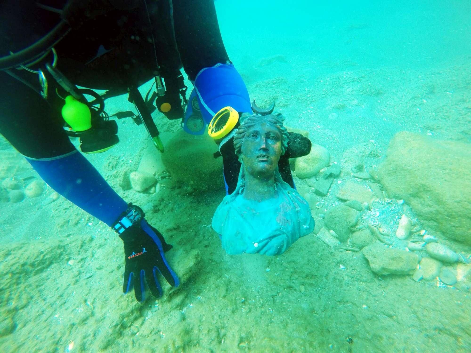 Israele, l antico tesoro romano ritrovato nel porto di Cesarea