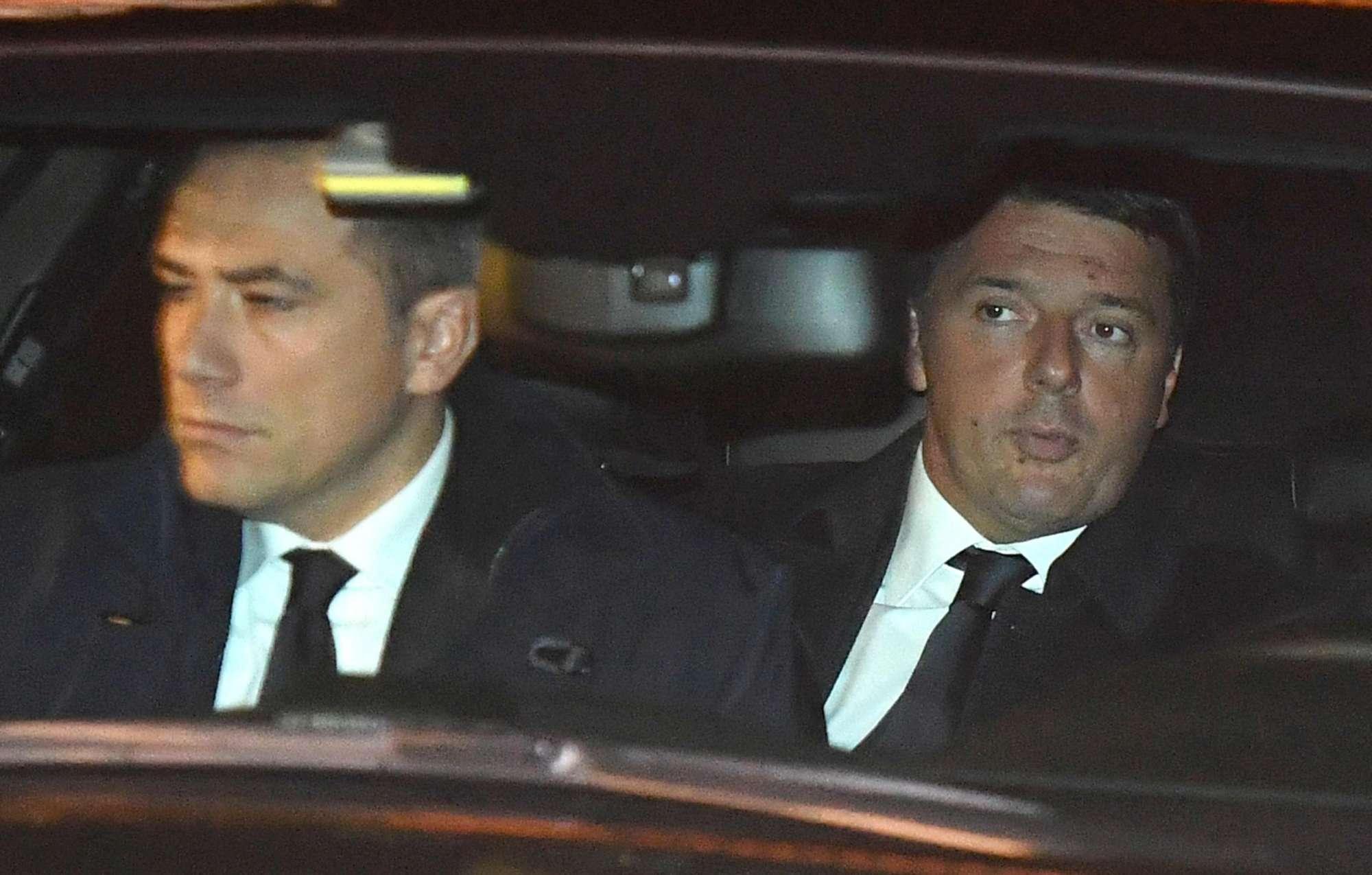 Renzi, Cdm lampo e poi la salita al Quirinale