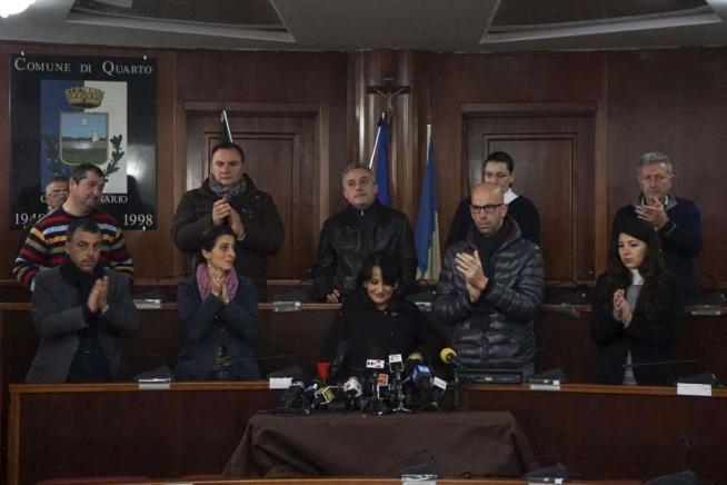 Quarto, il sindaco Capuozzo si dimette:  Politica sconfitta, vince la camorra