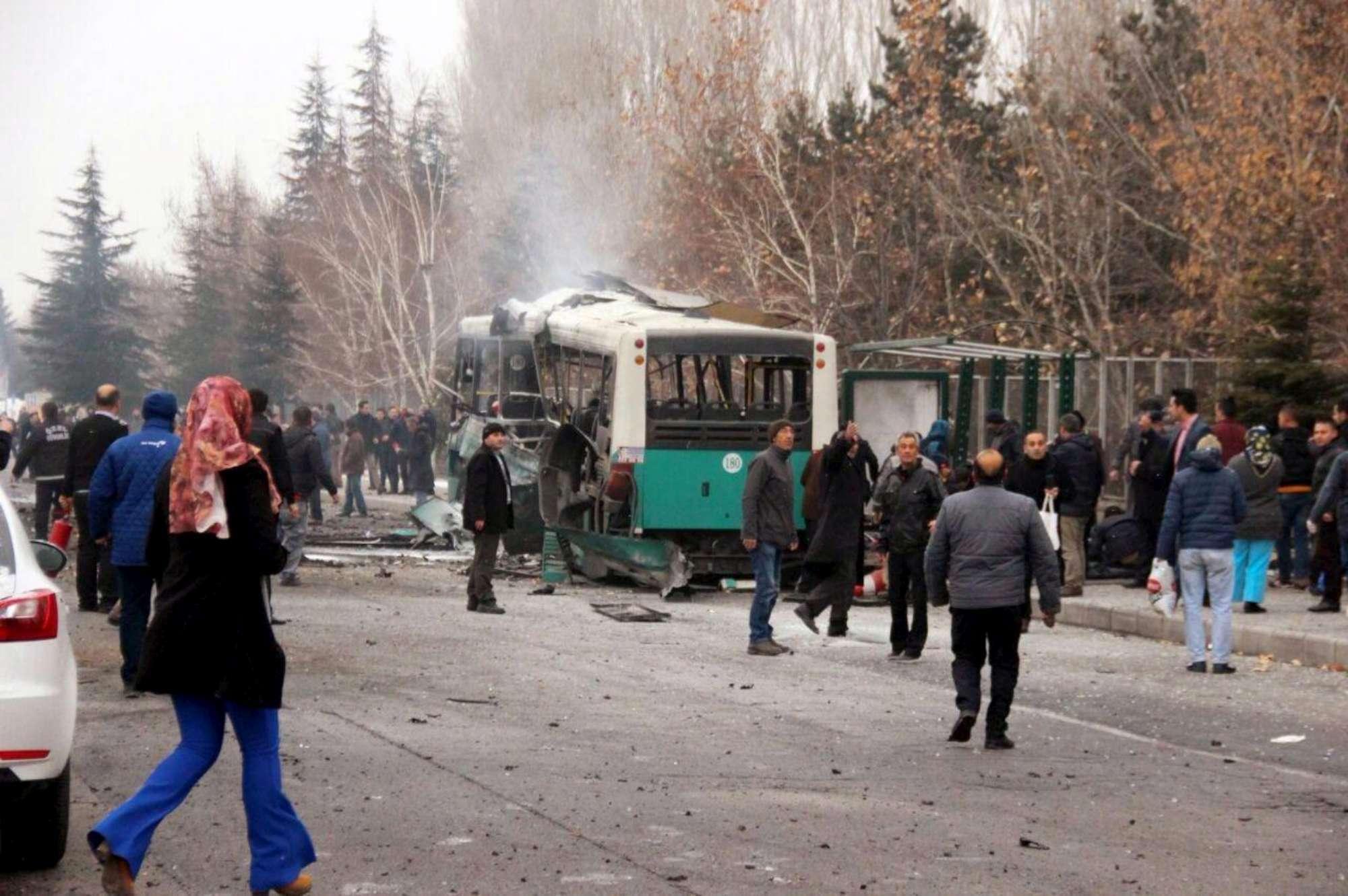 Turchia, autobomba a Kayseri: 13 morti e 48 feriti