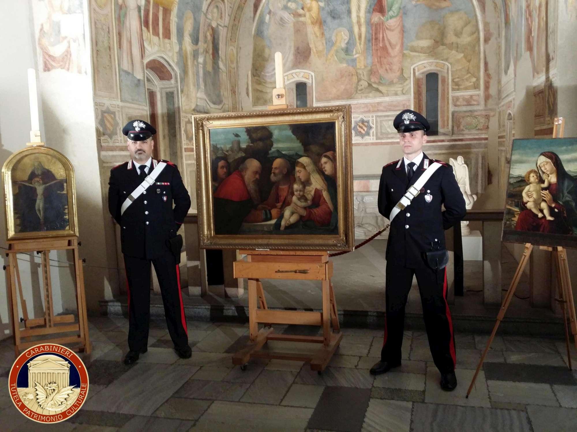 I Carabinieri recuperano tre dipinti, trafugati dai nazisti nel 1944