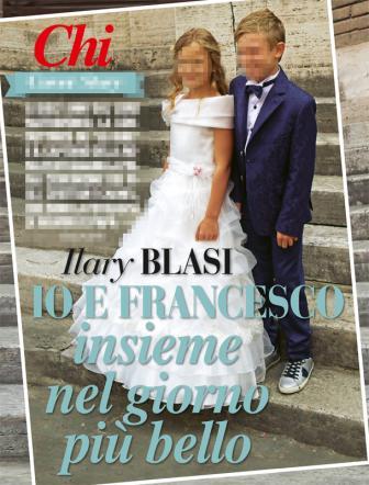 Anniversario Matrimonio Totti.Ilary Blasi E Francesco Totti Alla Prima Comunione Dei Figli Tgcom24