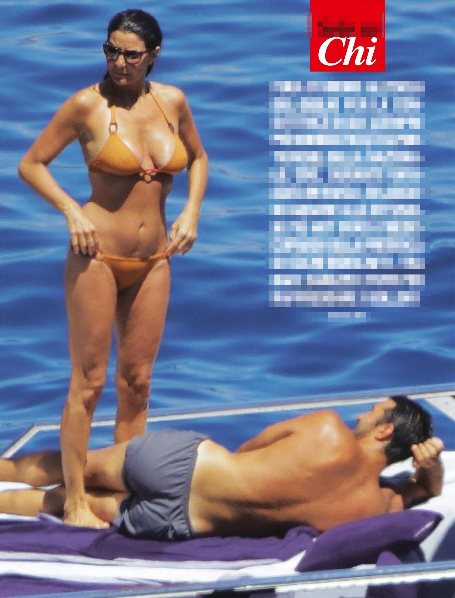 Ilaria Damico Calendario.Bomba Sexy Ilaria D Amico