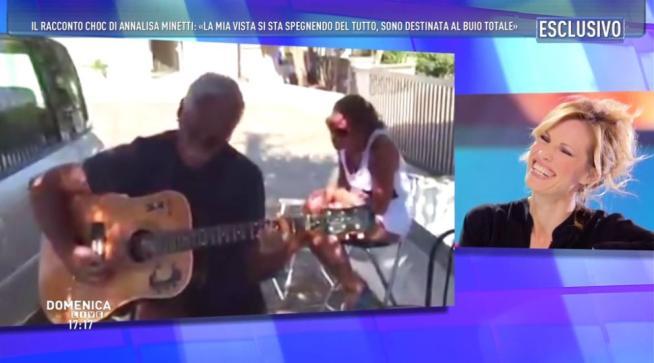 """A """"Domenica Live"""" Annalisa e Francesca Minetti: """"Lottiamo contro la cecità"""""""