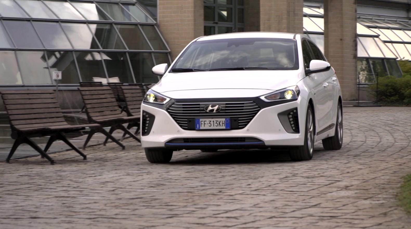 Prova Hyundai Ioniq 1.6 Hybrid Style