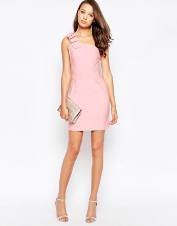 buy popular 6c640 e0793 Rosa quarzo: il colore di tendenza per il prossimo anno ...