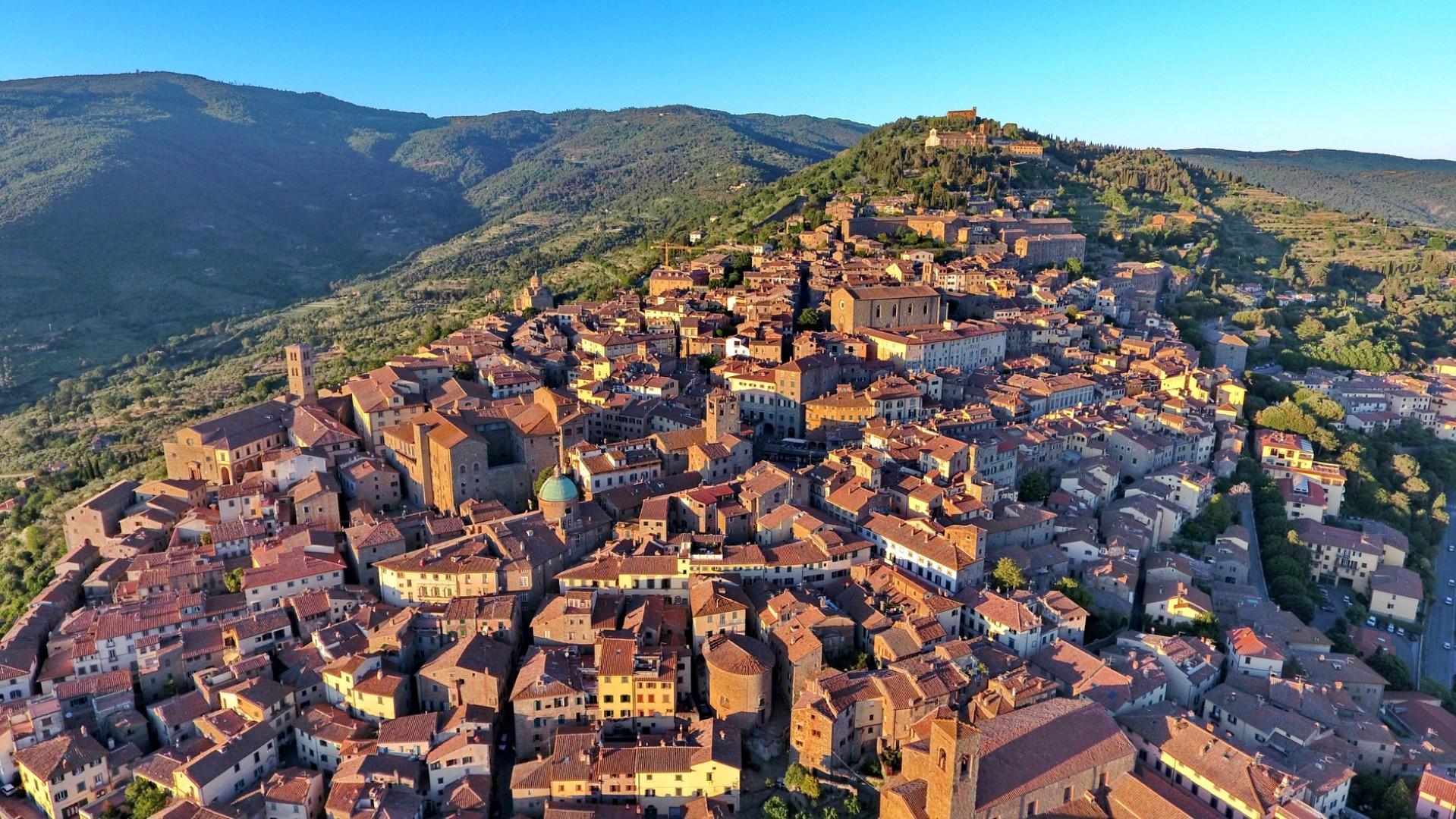 Cortona: un piccolo borgo medievale