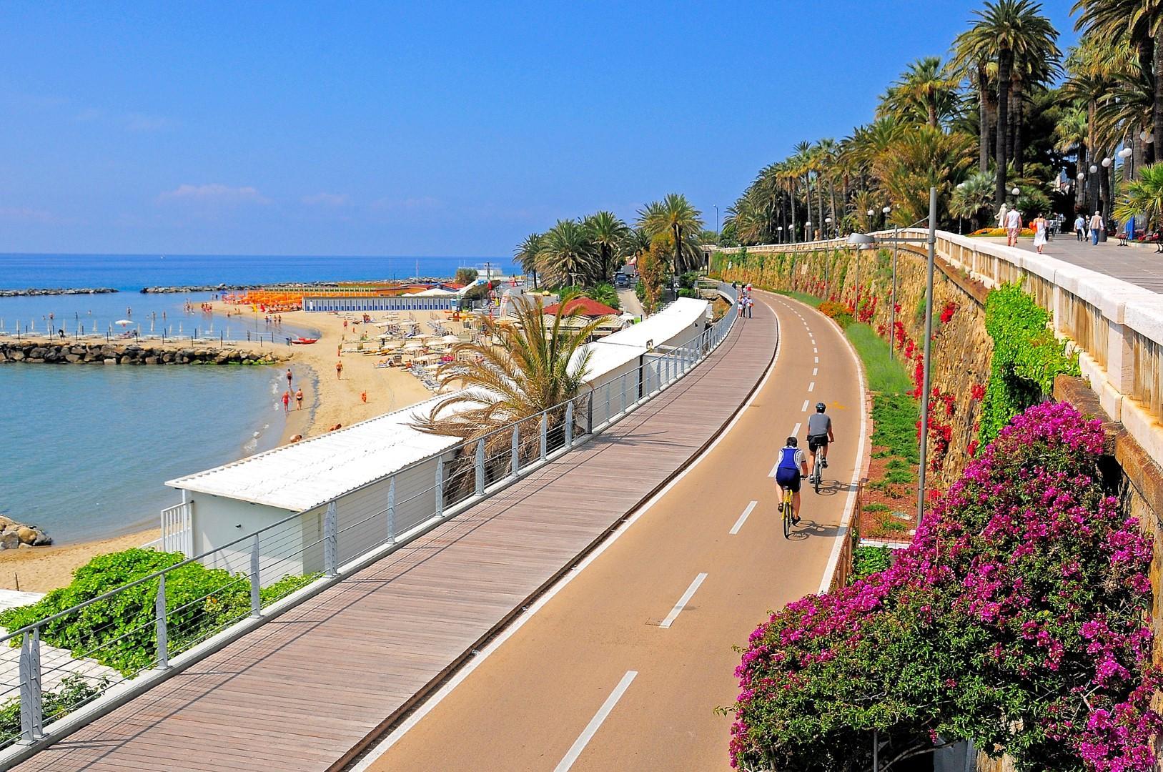 Vacanze slow: in bici per scoprire la Liguria