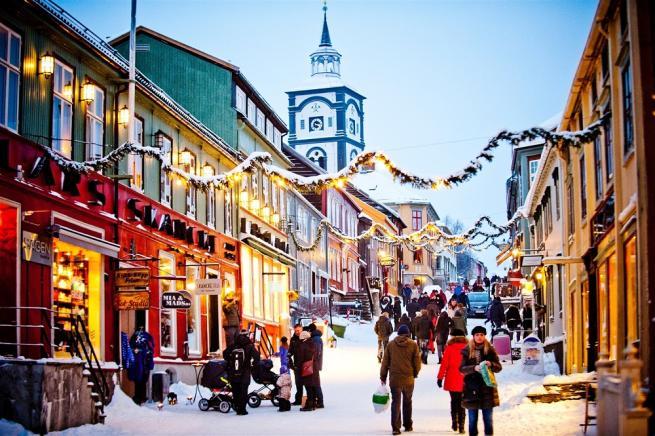Viaggio Paese Babbo Natale.Dalla Lapponia All Europa Paese Che Vai Babbo Natale Che