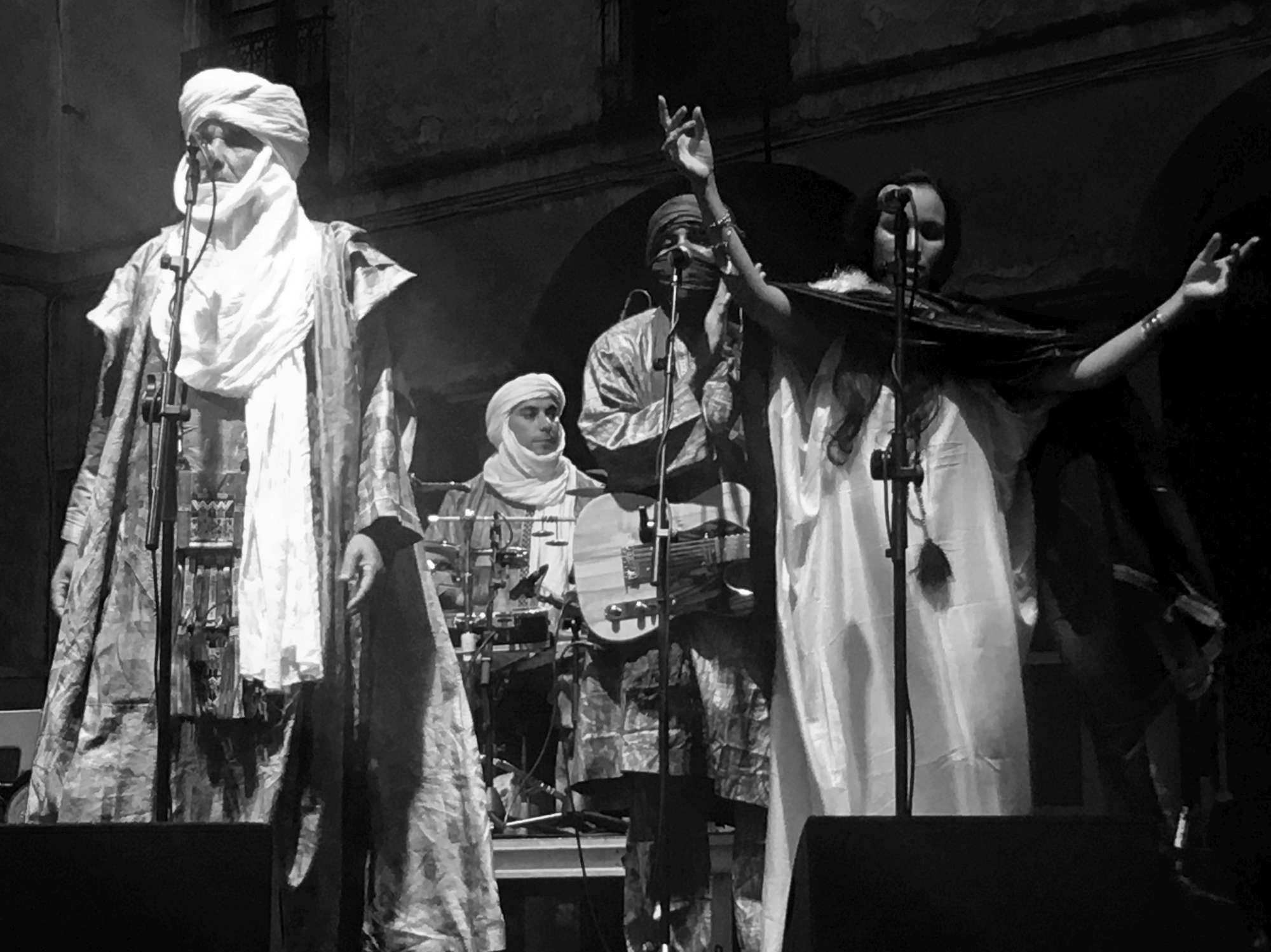Tinariwen dal vivo a Villa Arconati