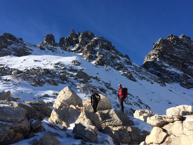 Tragedia in Svizzera, travolti da valanga: muoiono due scialpinisti piemontesi