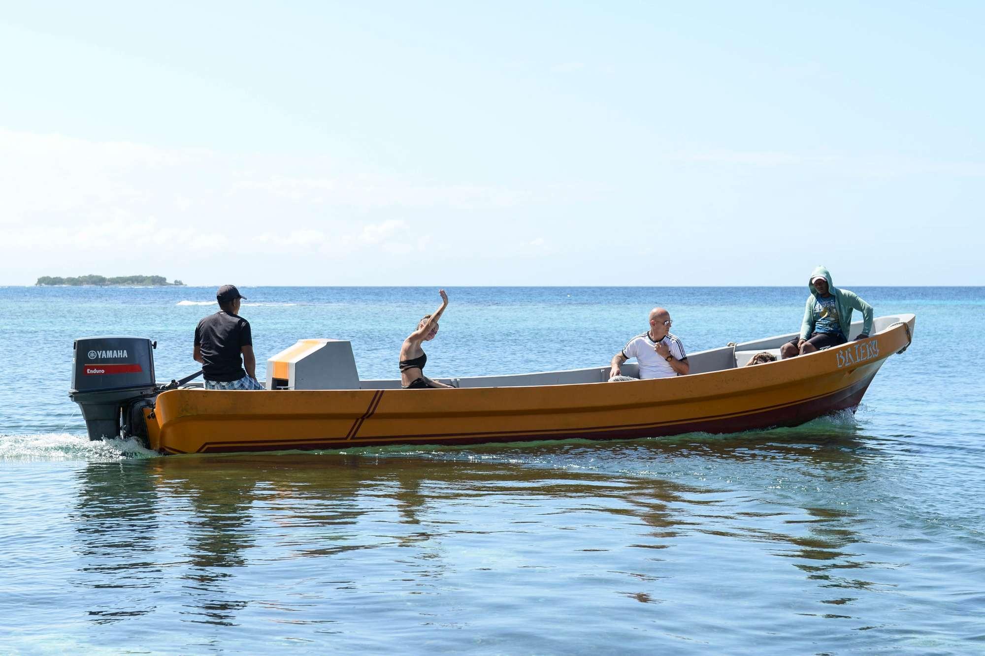 Chiara Nasti abbandona l  Isola dei Famosi