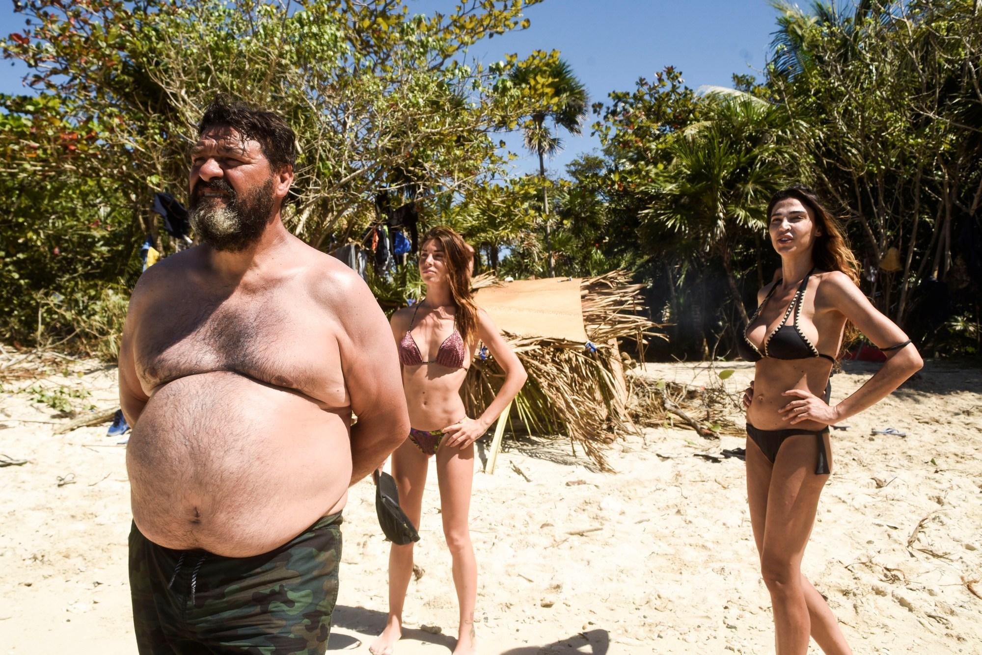 Isola dei famosi, il cocco non basta: Cecilia è sempre più provata