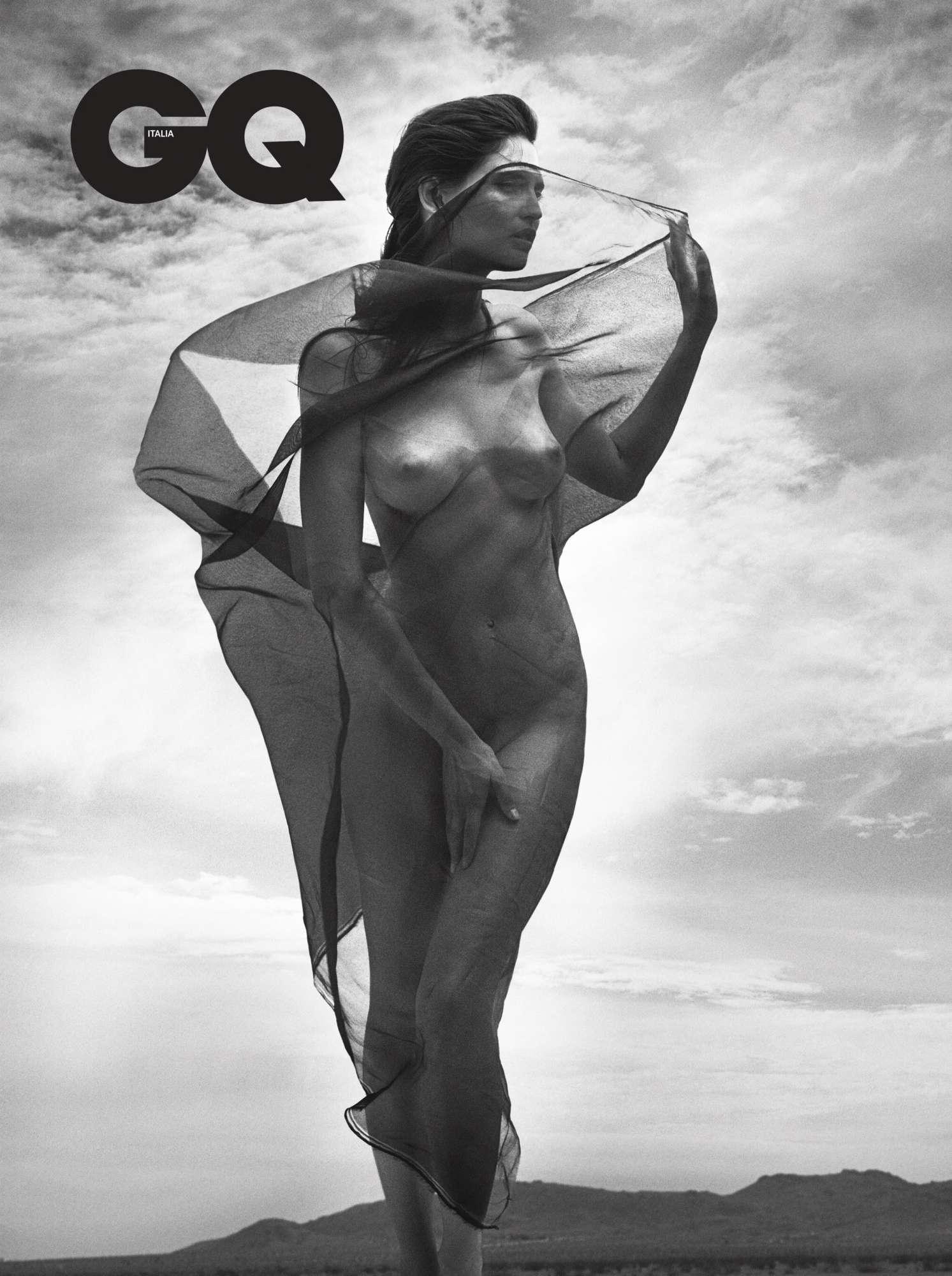 Bianca Balti, tutta nuda per Gq