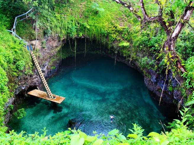 Samoa, la piscina nata dal vulcano
