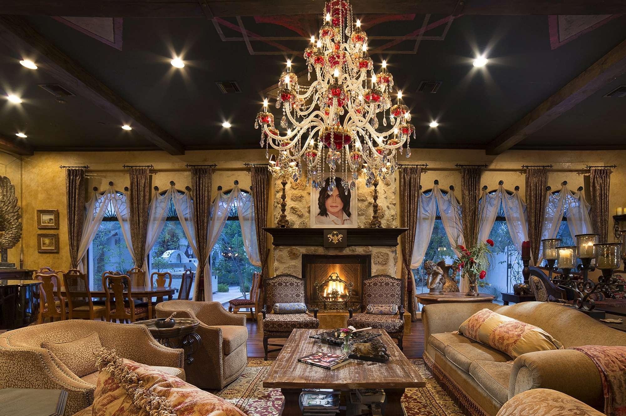 La mega-villa di Michael Jackson in vendita per 8,5 milioni di euro