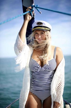 Mollano tutto per girare il mondo in barca a vela: la nuova vita di due giovani inglesi
